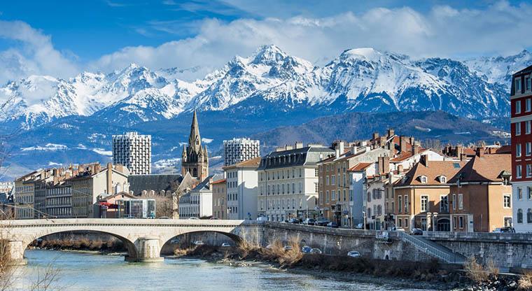 Blog de Coco - Vue sur Grenoble et Belledone